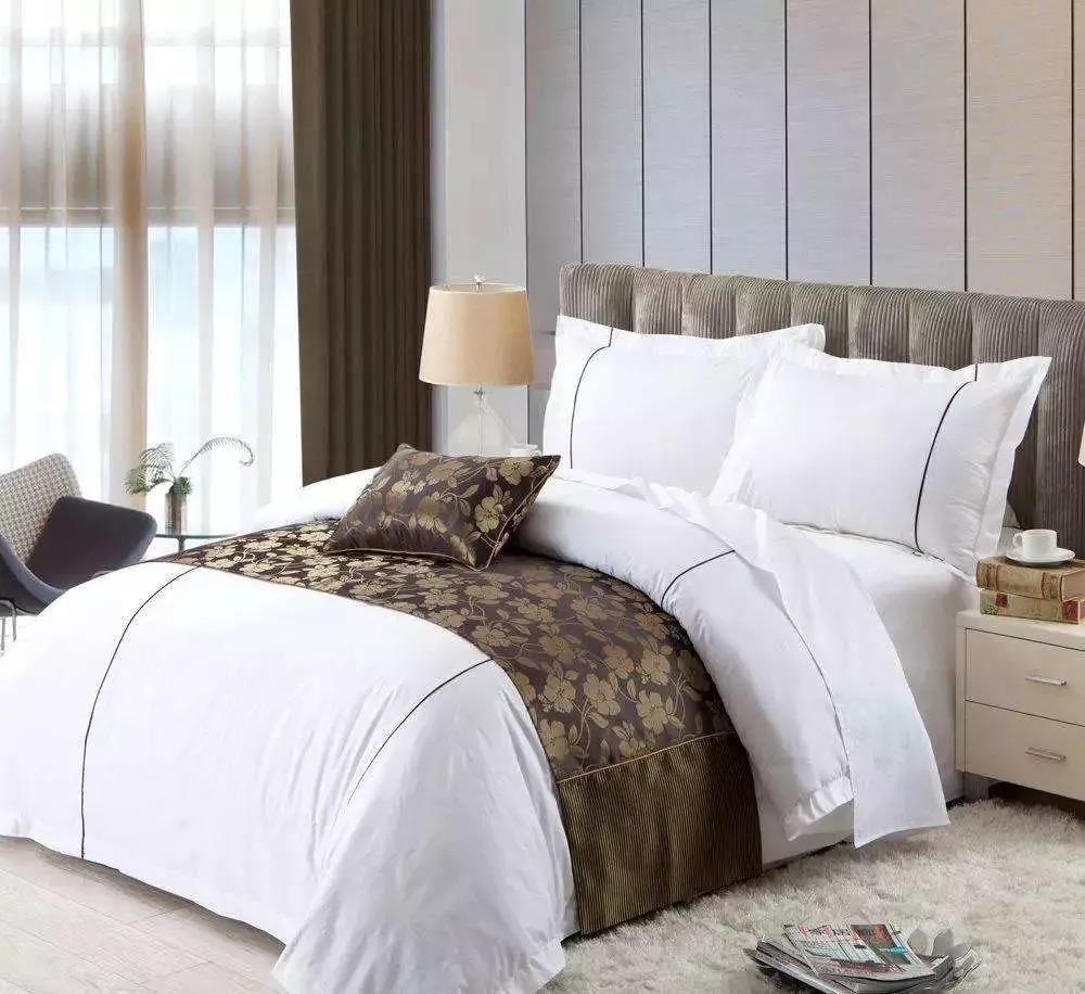 酒店用品采购攻略:如何选购床上布料?