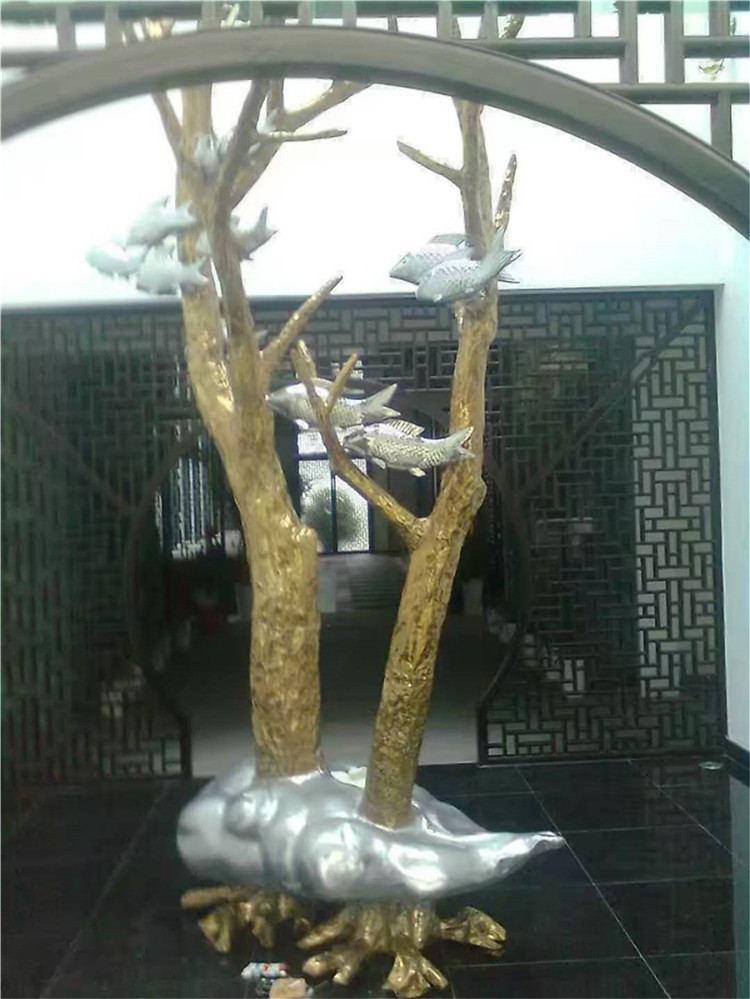 原先大家见到的各色各样不锈钢雕塑都是那么来的!
