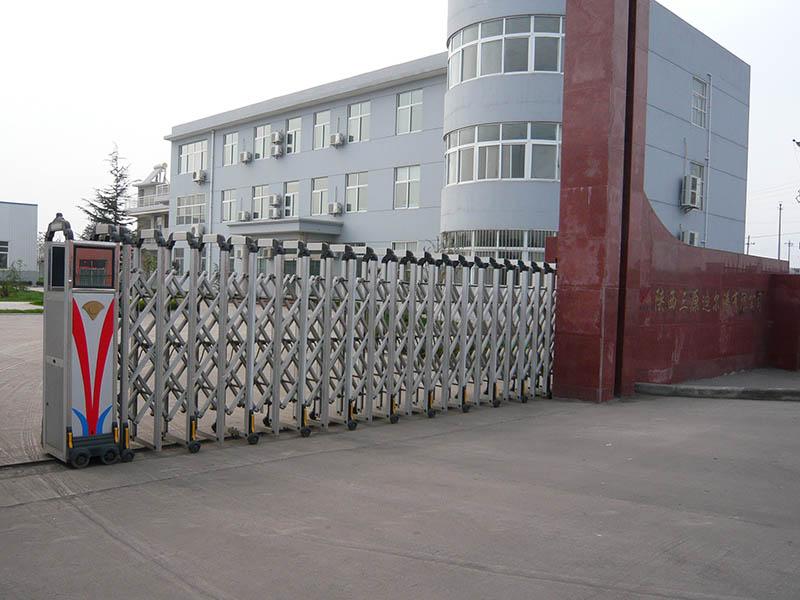 学校安装电动伸缩门,做好这几个方面才更安全性!
