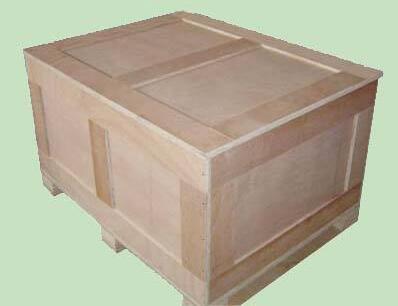 你想应用木箱包装得话,先必须考虑到成本和运输难题