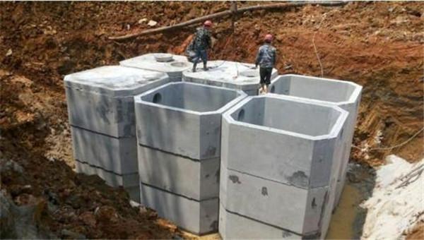 清理化粪池为什么需要专业人员来操作呢?