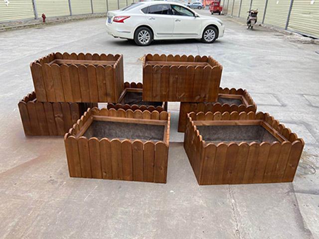 成都防腐木花箱应用