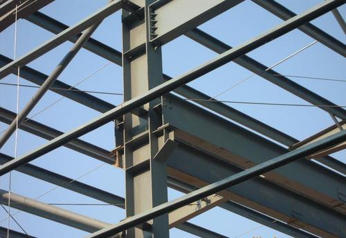 使用钢结构进行施工时面临的问题应该怎么规范处理