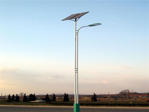 太阳能路灯控制器是如何控制路灯晚上点亮的?为什么能在农村被广泛运用?