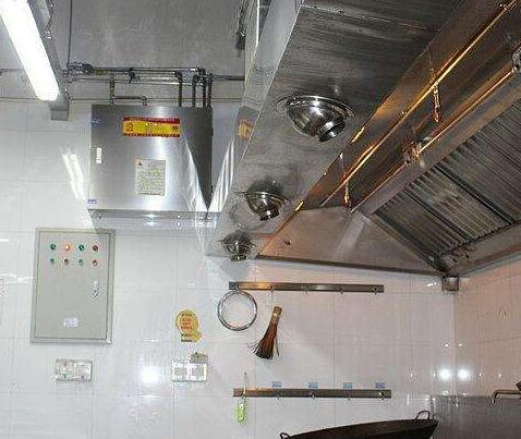 有关厨房为什么安装厨房全自动灭火装置?来看看它受欢迎的缘故吧!