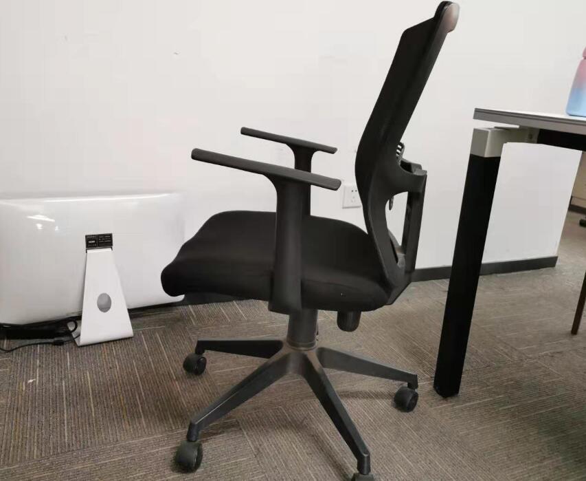 選購辦公家具讓大家少走不少彎路