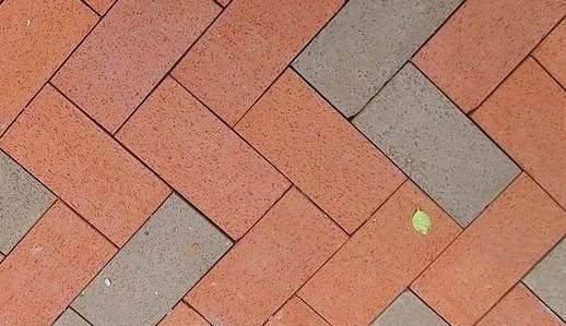 防石透水砖是什么?特点优势有哪些?
