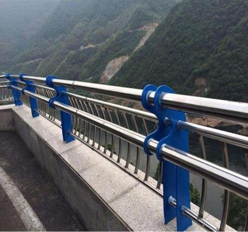 在维护桥梁护栏的时候需要注意些什么问题呢