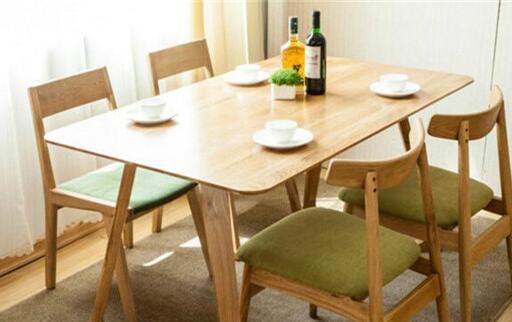 定制餐饮家具尽可能 留意哪些事宜,如何选择餐馆家居呢