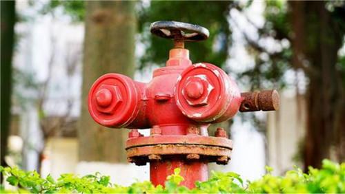 小编带你把握消防栓的许多种类!