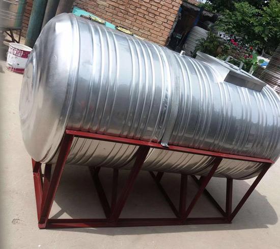 怎么让不锈钢板保温水箱发挥它的更节能作用?小编来悄悄告诉你!