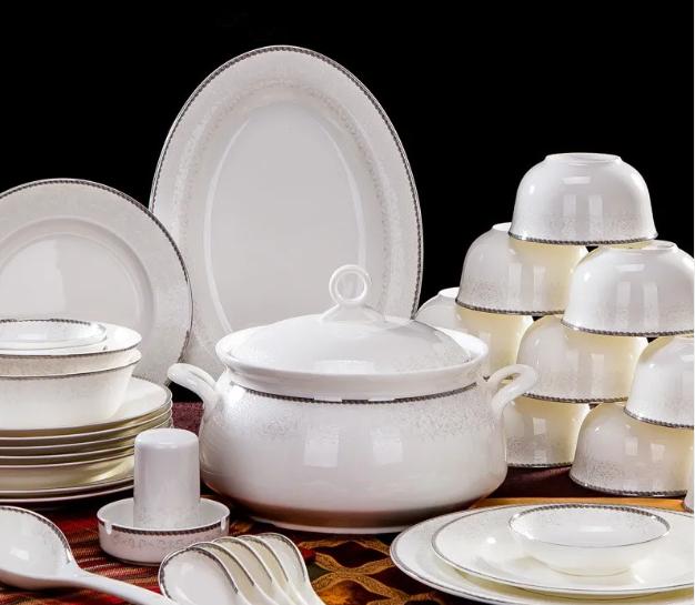 如何选购陶瓷餐具 把握实用挑选技巧